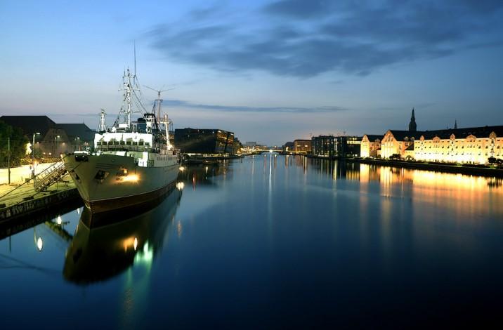 Copenhagen Langebro 2009-07-01
