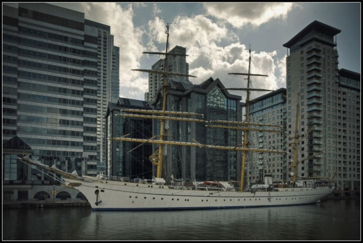 Gorch Fock at Canary Wharf