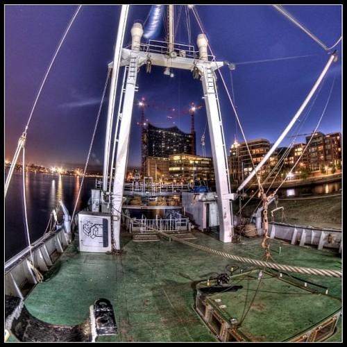 A-Mast with Elbphilharmonie
